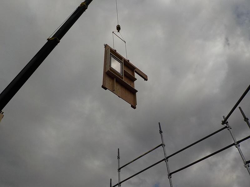 壁パネル 吊り上げ①.JPG