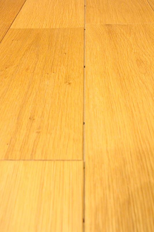 写真 フロアの乾燥収縮.JPG